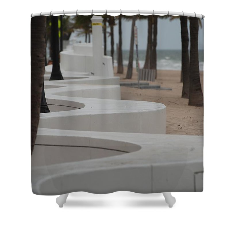 Pop Art Shower Curtain featuring the photograph Zig Zag At The Beach by Rob Hans