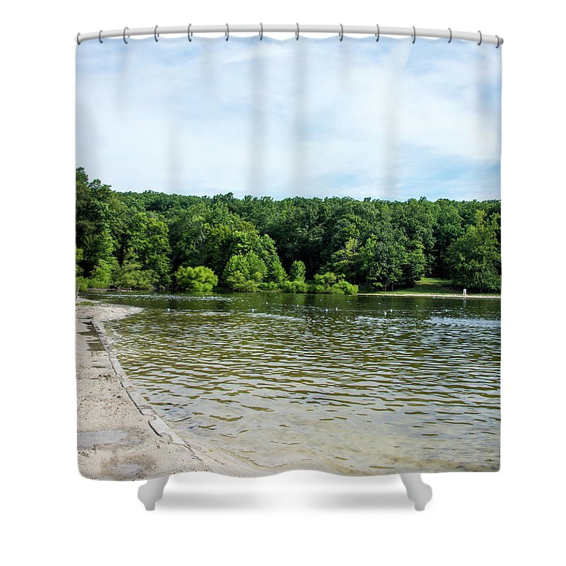 Hunting Creek Lake Shower Curtain featuring the photograph Hunting Creek Lake In Cunningham Falls State Park - Maryland by Brendan Reals