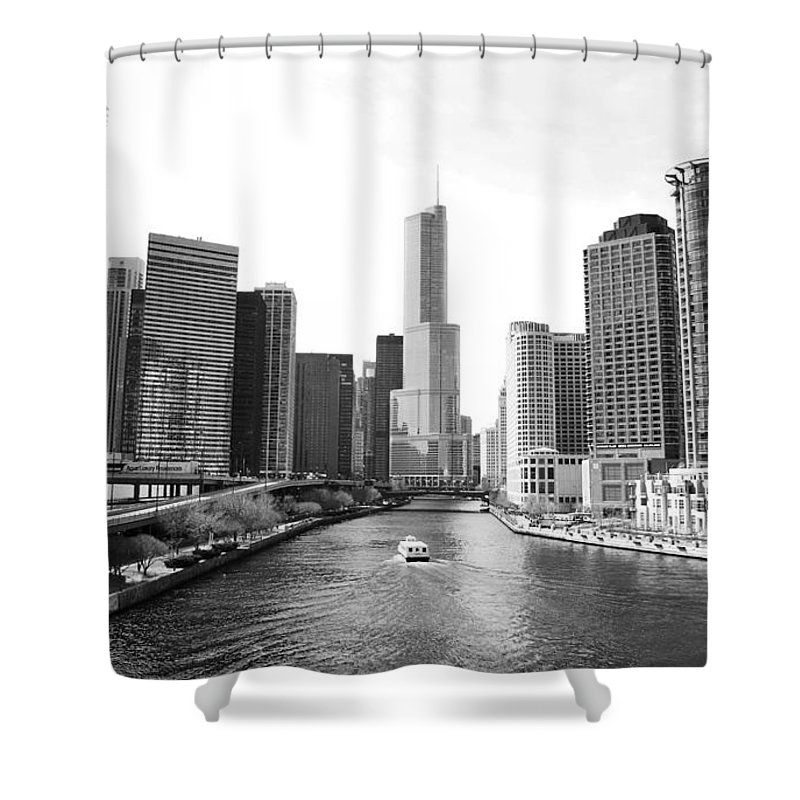 Chicago River Shower Curtain featuring the photograph An Unknown Skyline Along The Chicago by Ricardo Montiel