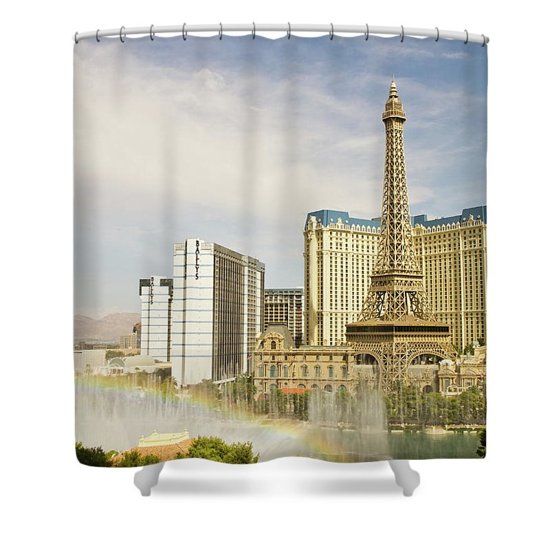 Las Vegas Replica Eiffel Tower Shower Curtain featuring the photograph Bellagio Fountains by Davin G Photography