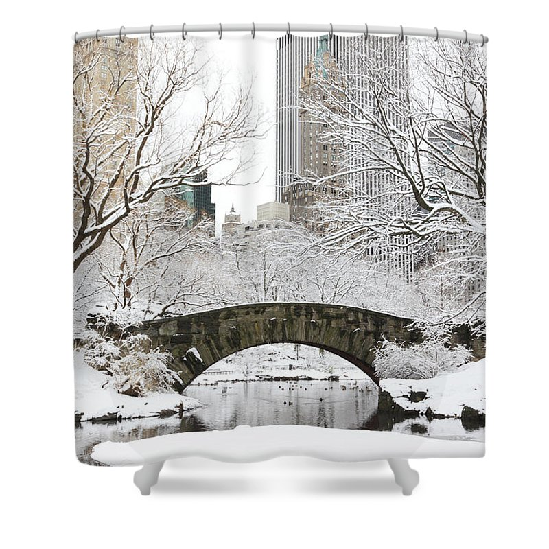 Snow Shower Curtain featuring the photograph Central Park, New York by Veni