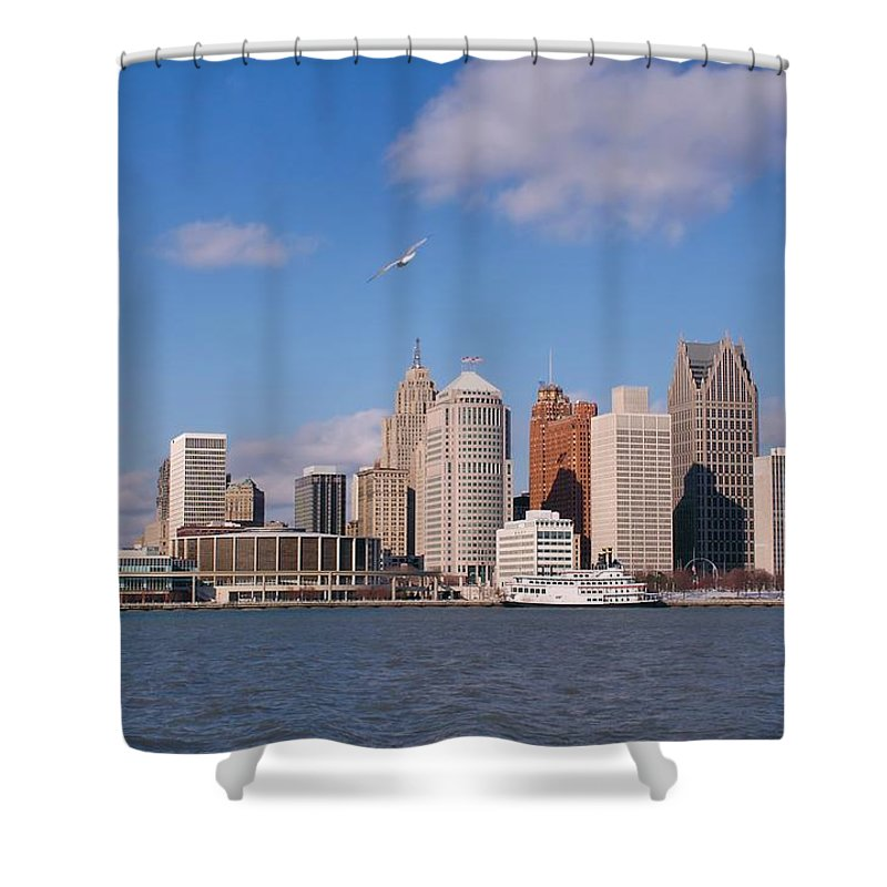 Downtown District Shower Curtain featuring the photograph Cold Detroit by Corfoto