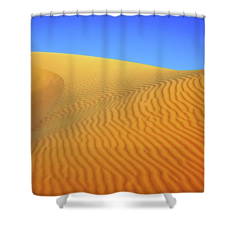 Scenics Shower Curtain featuring the photograph Diminishing Lines by Asmin Kuntal