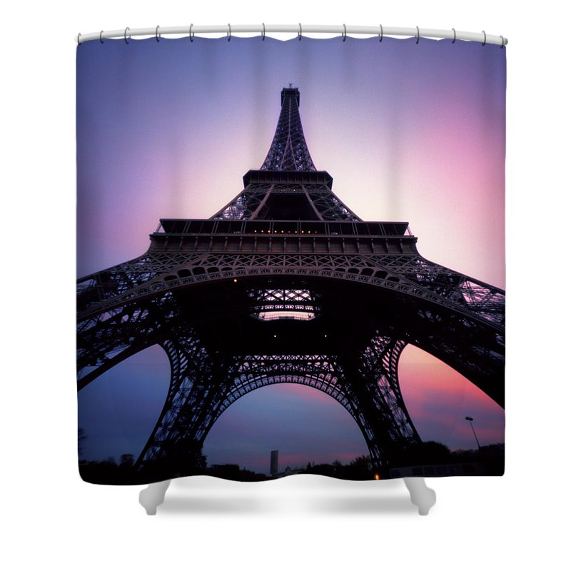 Arch Shower Curtain featuring the photograph Eiffel Tower At Sunset by Zeb Andrews