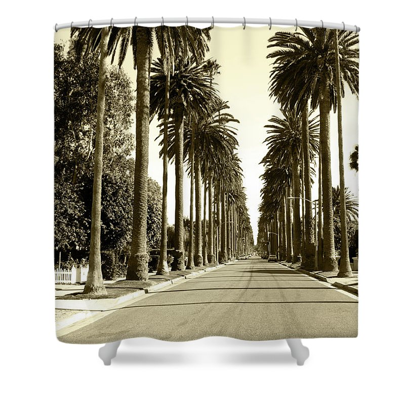 1950-1959 Shower Curtain featuring the photograph Grayscale Image Of Beverly Hills by Marcomarchi