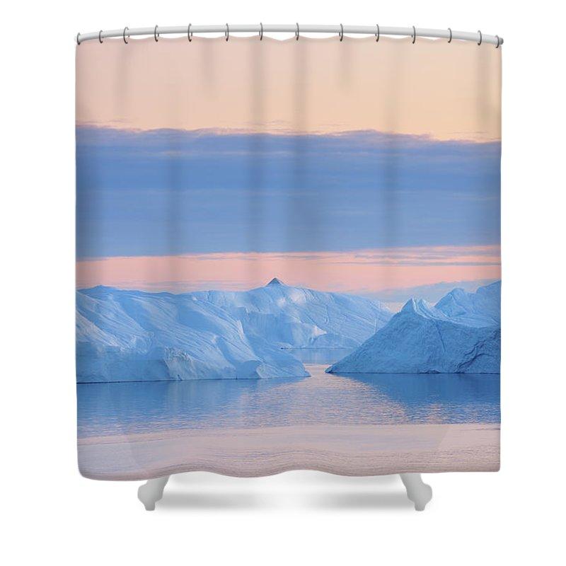 Iceberg Shower Curtain featuring the photograph Iceberg by Raimund Linke