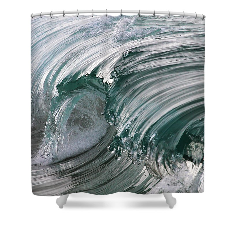 Scenics Shower Curtain featuring the photograph Jibbon Wave by Ewen Charlton