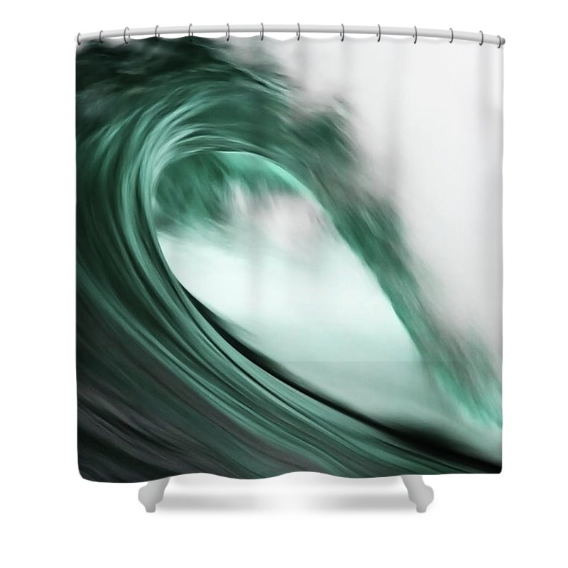 Scenics Shower Curtain featuring the photograph Maroubra by Ewen Charlton