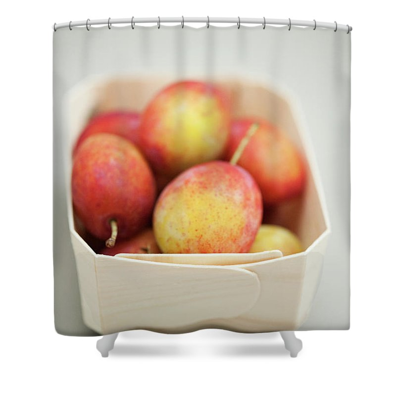 Plum Shower Curtain featuring the photograph Punnet Of Victoria Plums by Diana Miller