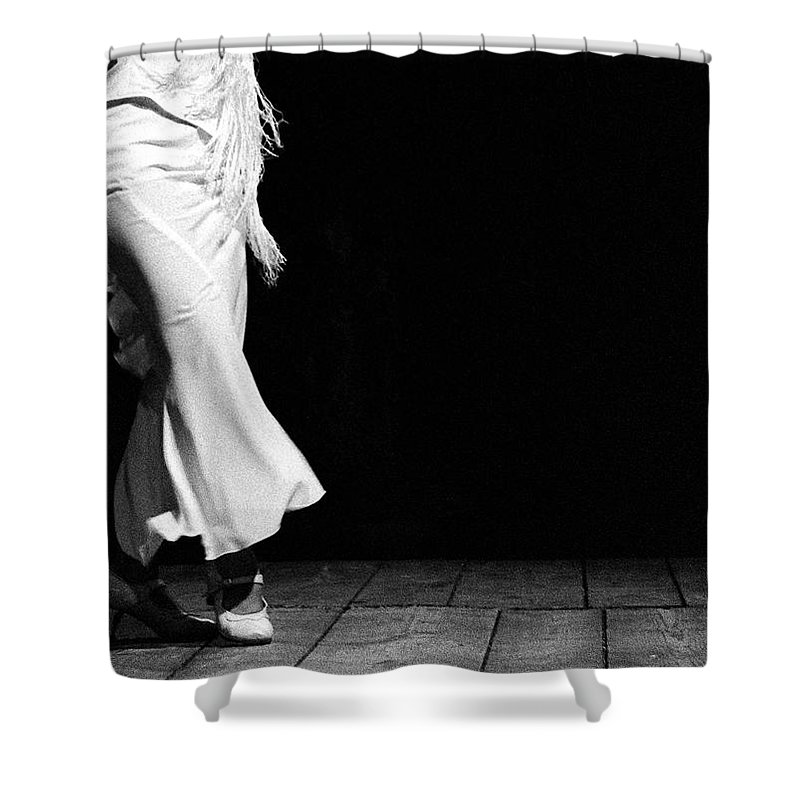 Ballet Dancer Shower Curtain featuring the photograph Starting Flamenco by T-immagini