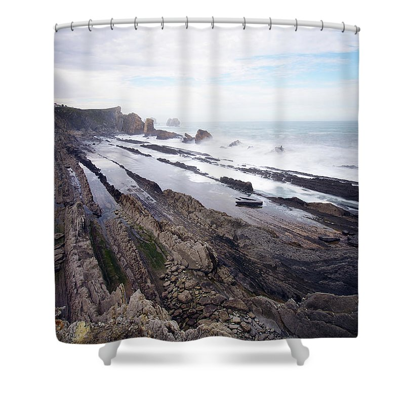 Scenics Shower Curtain featuring the photograph Taste Of The Sea by David Díez Barrio