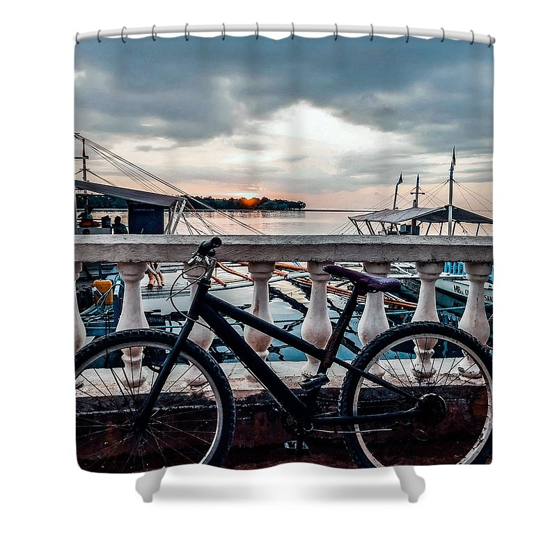 Bike Shower Curtain featuring the photograph Traveller's point by Dynz Abejero