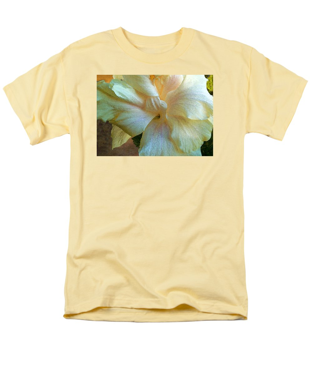 Hawaiian Flowers Men's T-Shirt (Regular Fit) featuring the photograph Evening Hibiscus by James Temple