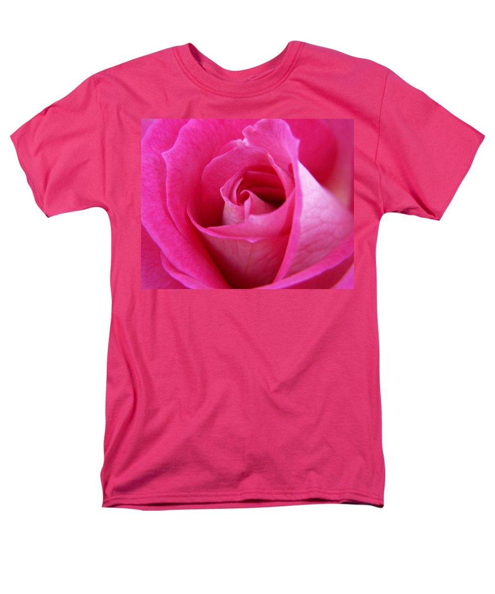 Rose Men's T-Shirt (Regular Fit) featuring the photograph Pink Rose by Amy Fose
