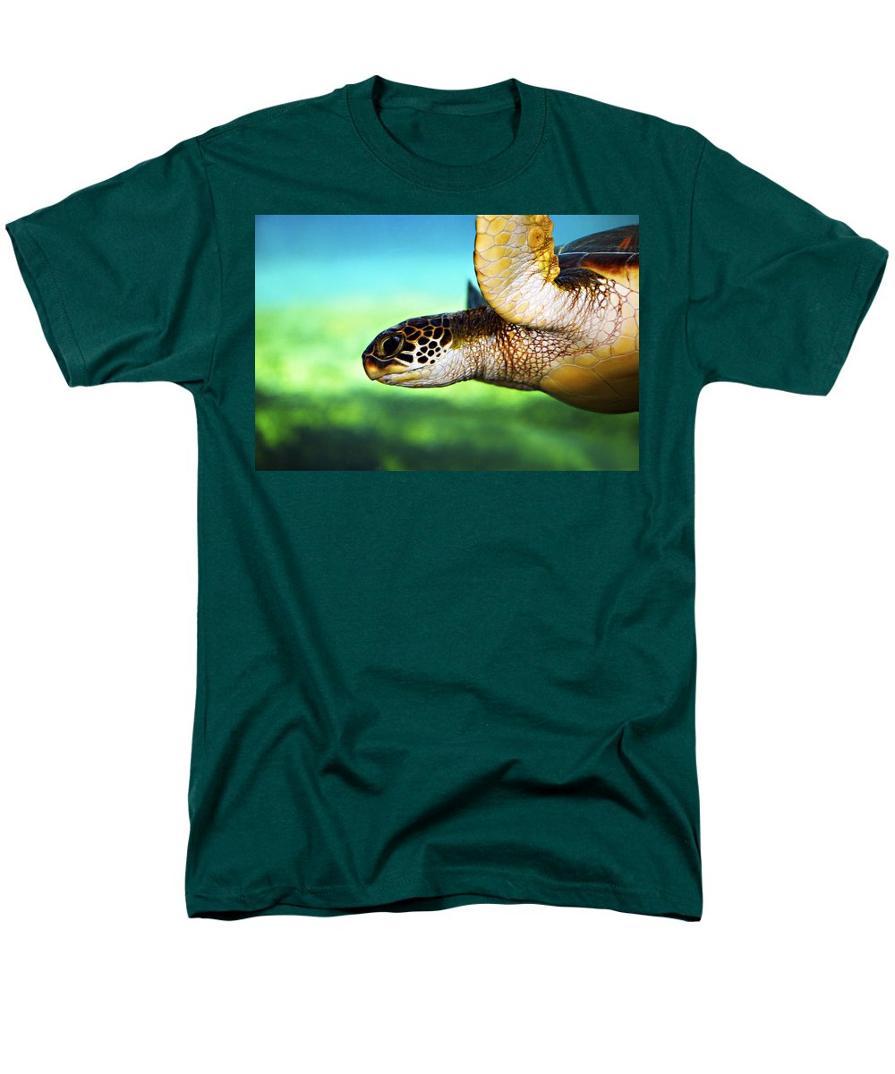 Green Men's T-Shirt (Regular Fit) featuring the photograph Green Sea Turtle by Marilyn Hunt