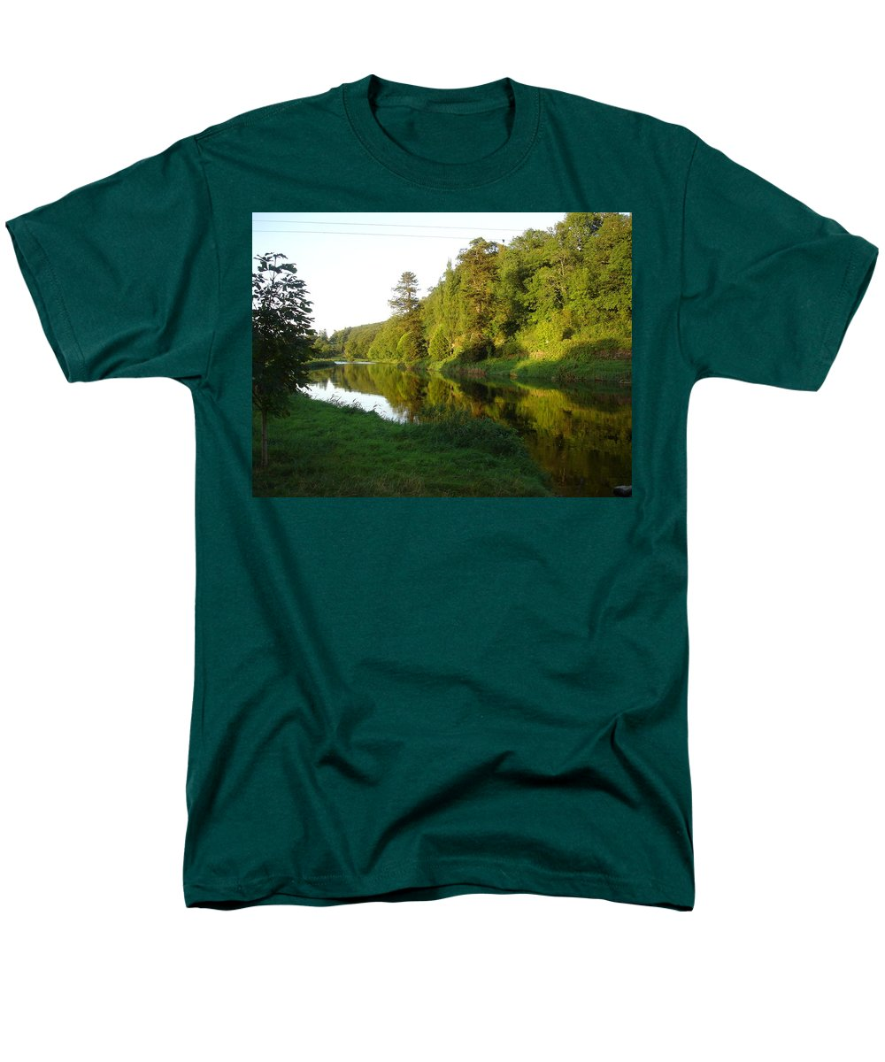 Nore Men's T-Shirt (Regular Fit) featuring the photograph Nore Reflections I by Kelly Mezzapelle