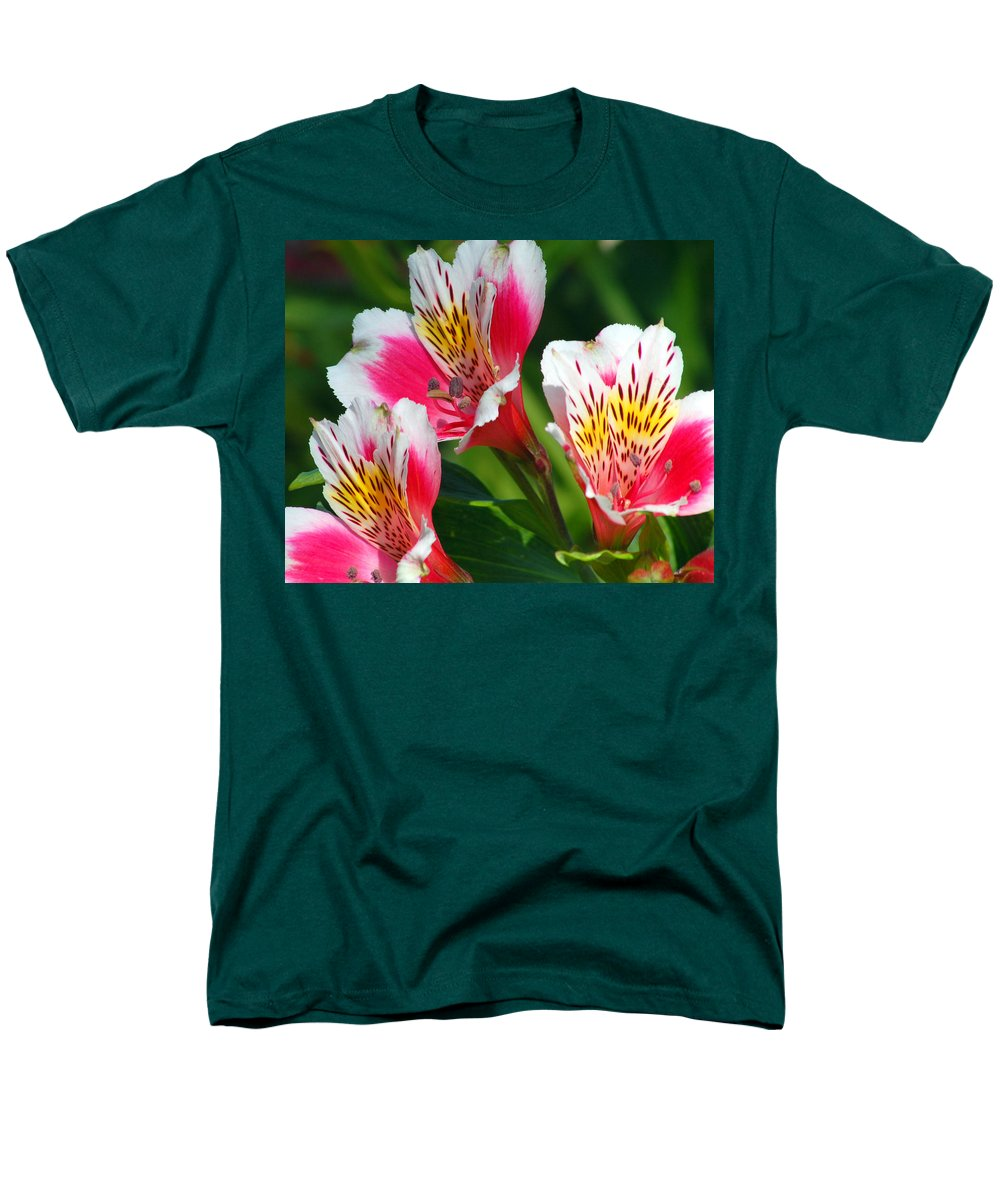 Peruvian Men's T-Shirt (Regular Fit) featuring the photograph Pink Peruvian Lily 2 by Amy Fose