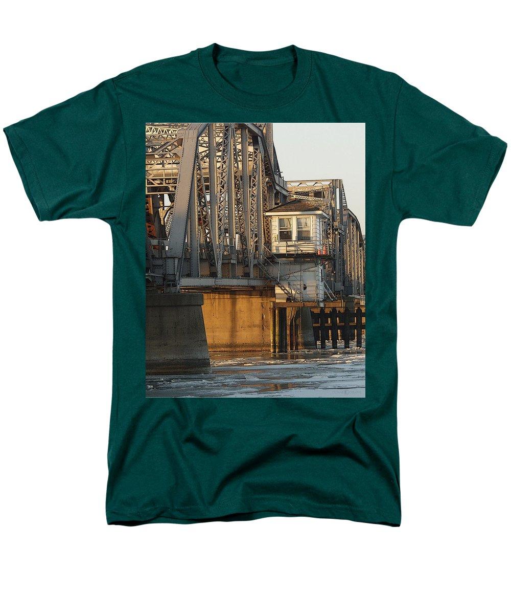 Bridge Men's T-Shirt (Regular Fit) featuring the photograph Winter Bridgehouse by Tim Nyberg