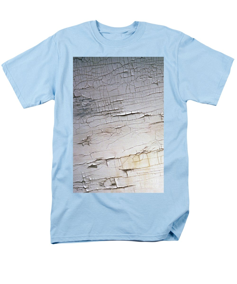 Paint Men's T-Shirt (Regular Fit) featuring the photograph Old Siding by Richard Rizzo