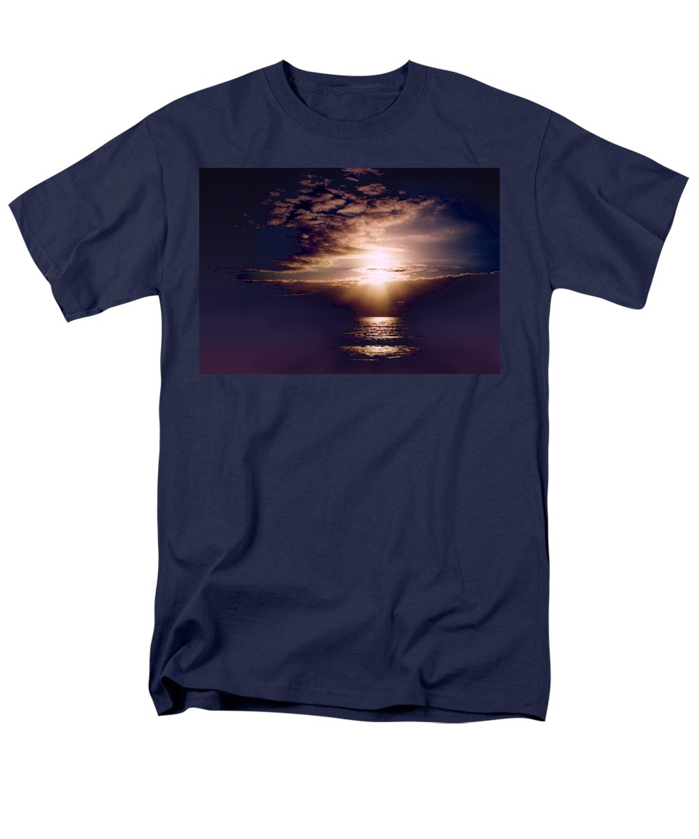 Seascape Men's T-Shirt (Regular Fit) featuring the photograph Mushroom by Steve Karol