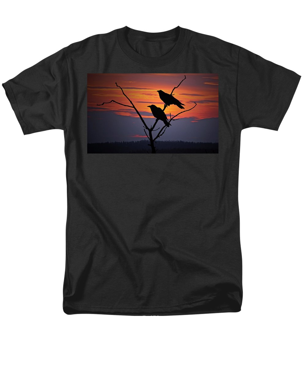 Raven Men's T-Shirt (Regular Fit) featuring the photograph 2 Ravens by Ron Day