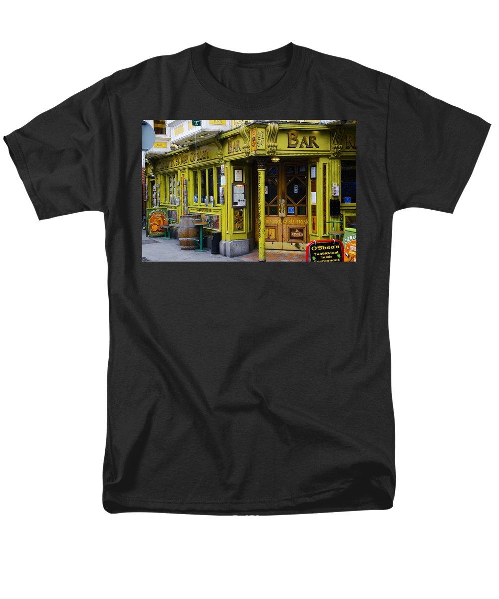 Oliver St John Gogarty Temple Bar Dublin Ireland T Shirt