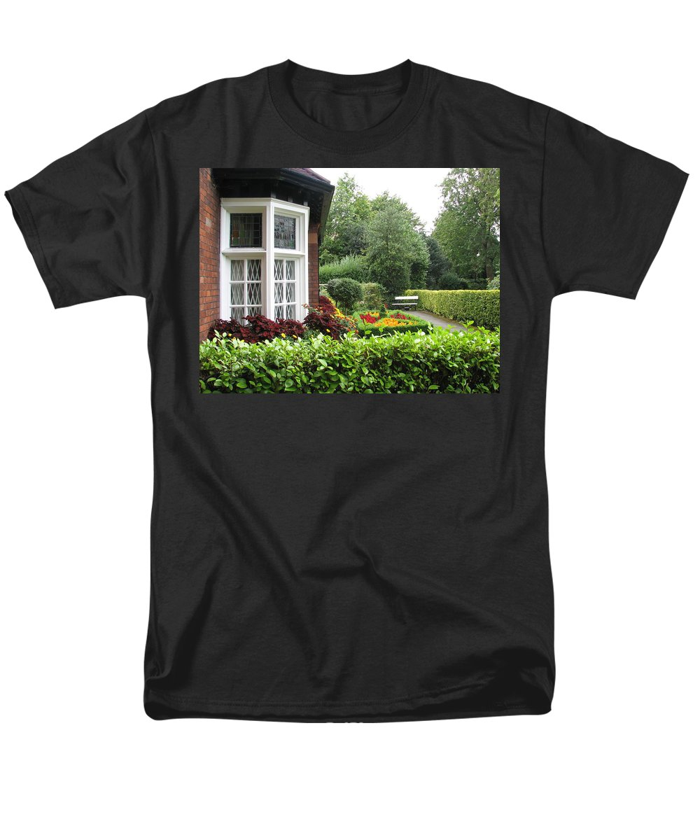 St. Stephen's Green Men's T-Shirt (Regular Fit) featuring the photograph St. Stephen's Green by Kelly Mezzapelle