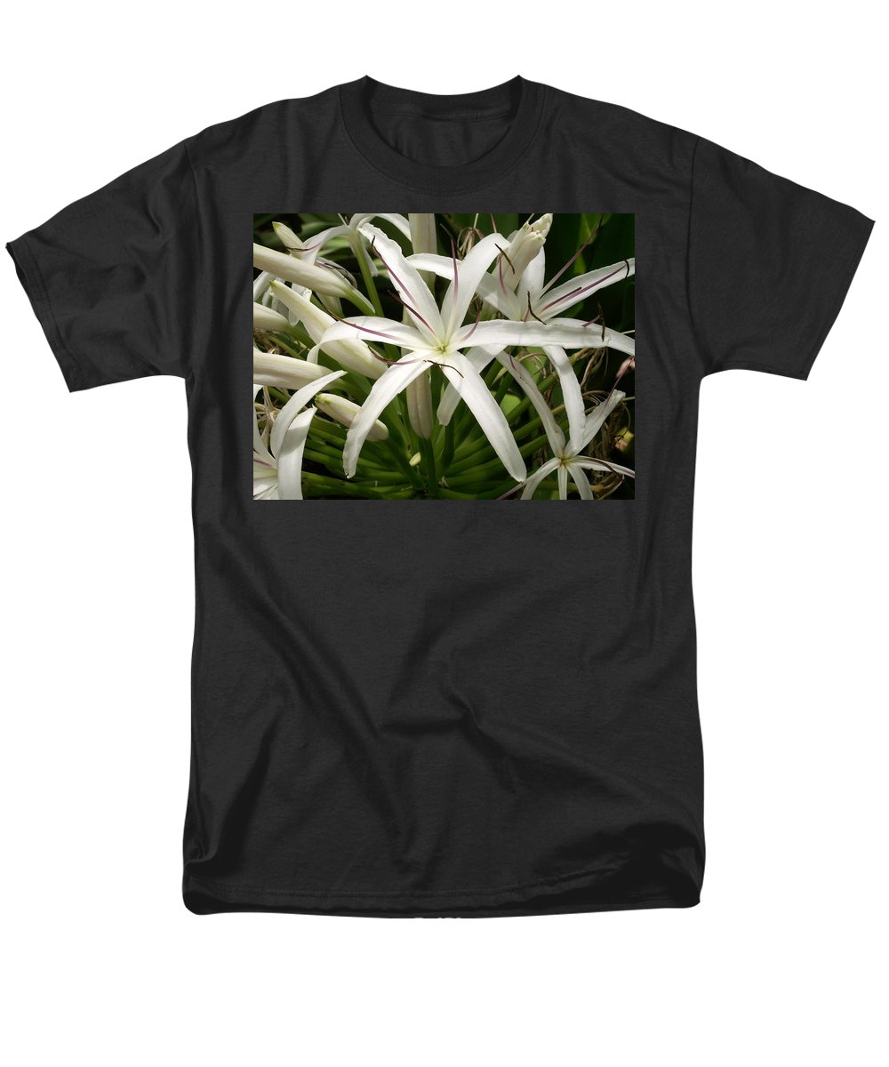 Flower Men's T-Shirt (Regular Fit) featuring the photograph Asiatic Poison Lily by Amy Fose