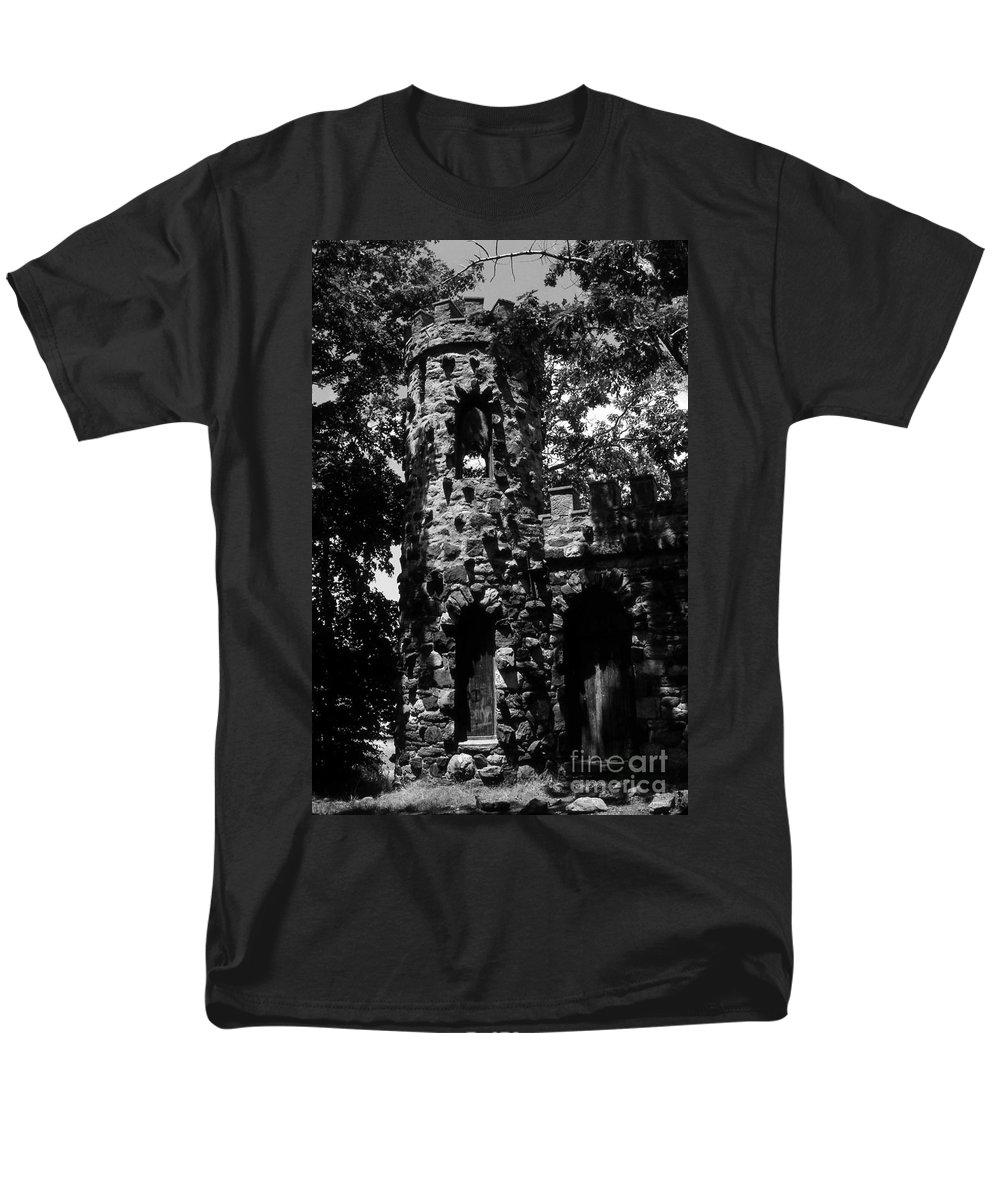 Castle Men's T-Shirt (Regular Fit) featuring the photograph Glen Island Castle by Richard Rizzo