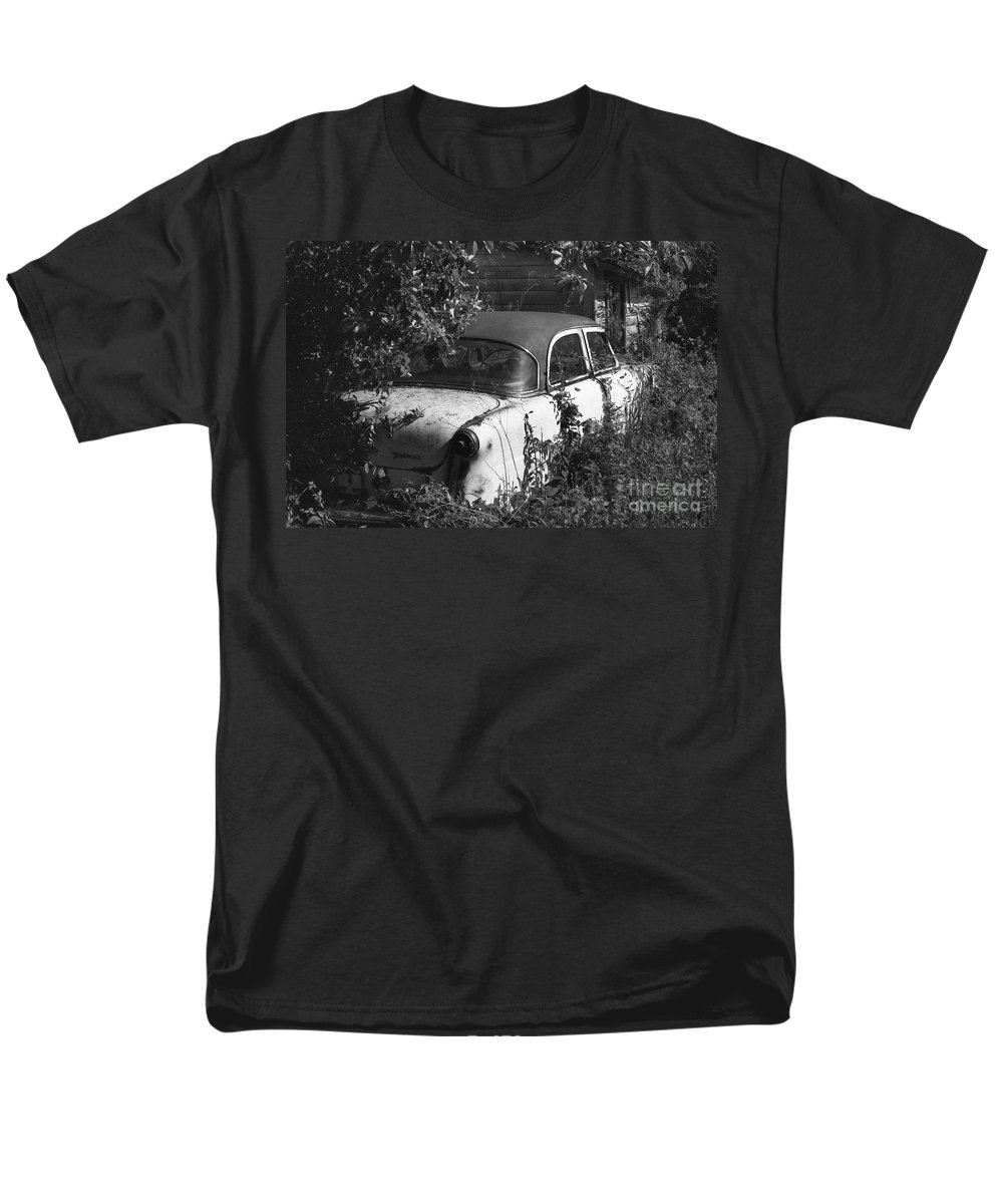 Abandoned Men's T-Shirt (Regular Fit) featuring the photograph Hidden Treasure by Richard Rizzo