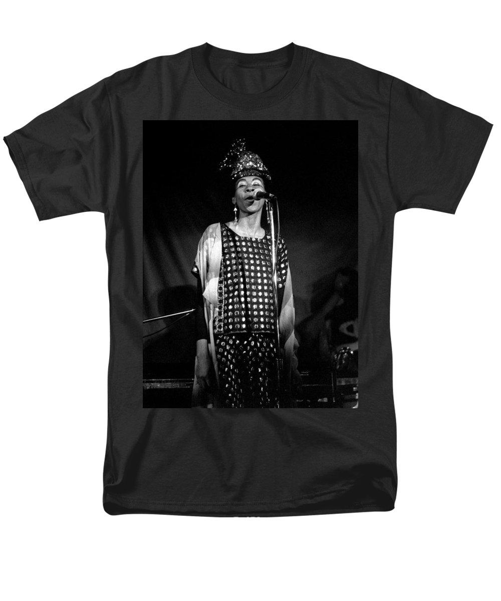 June Tyson Men's T-Shirt (Regular Fit) featuring the photograph June Tyson by Lee Santa