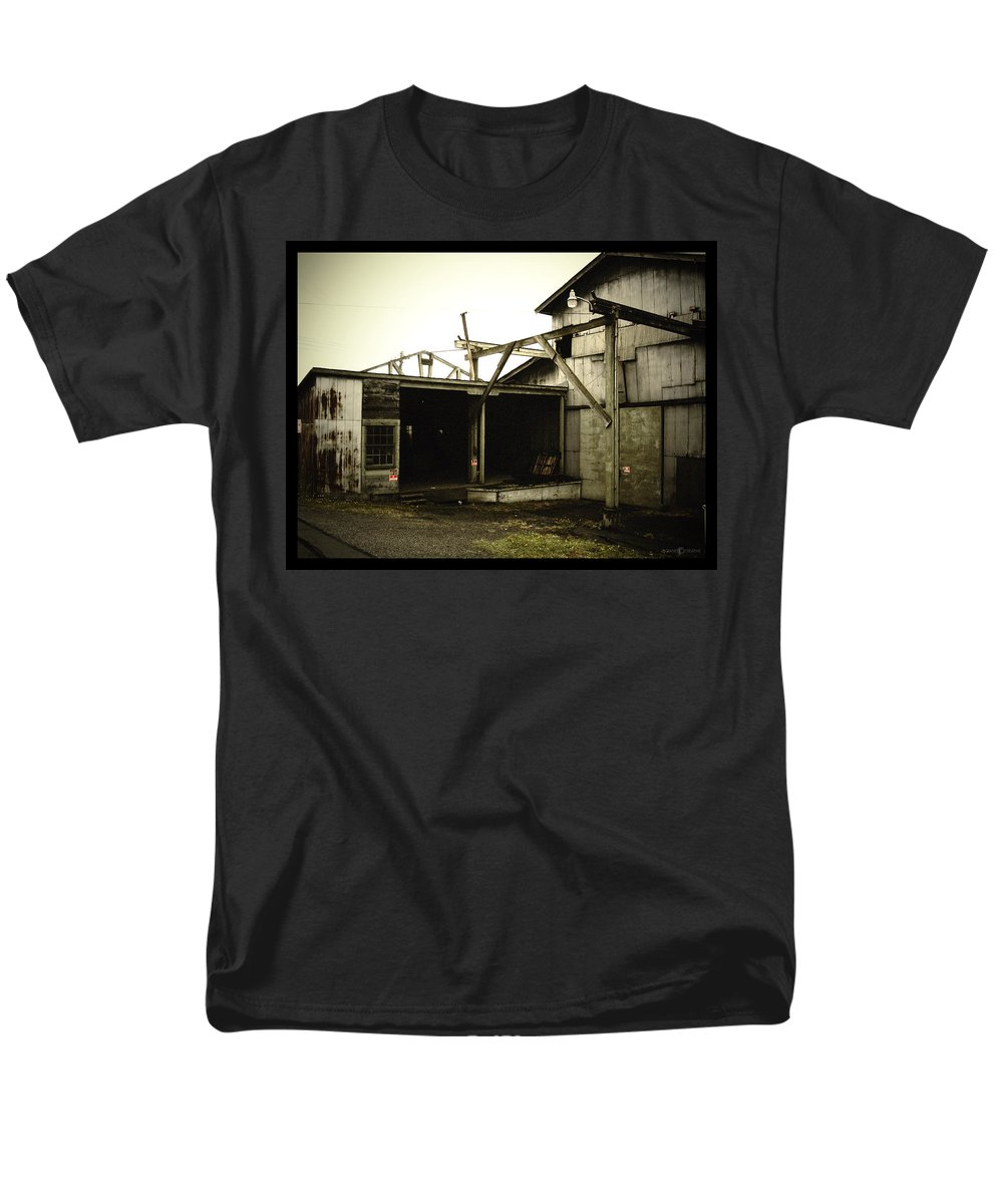 Warehouse Men's T-Shirt (Regular Fit) featuring the photograph No Trespassing by Tim Nyberg