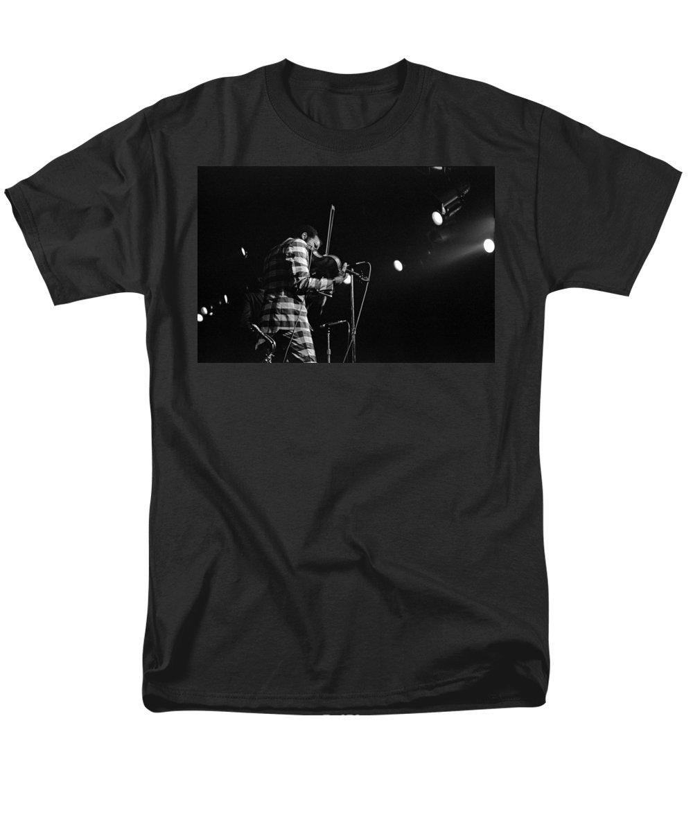 Ornette Coleman Men's T-Shirt (Regular Fit) featuring the photograph Ornette Coleman on Violin by Lee Santa