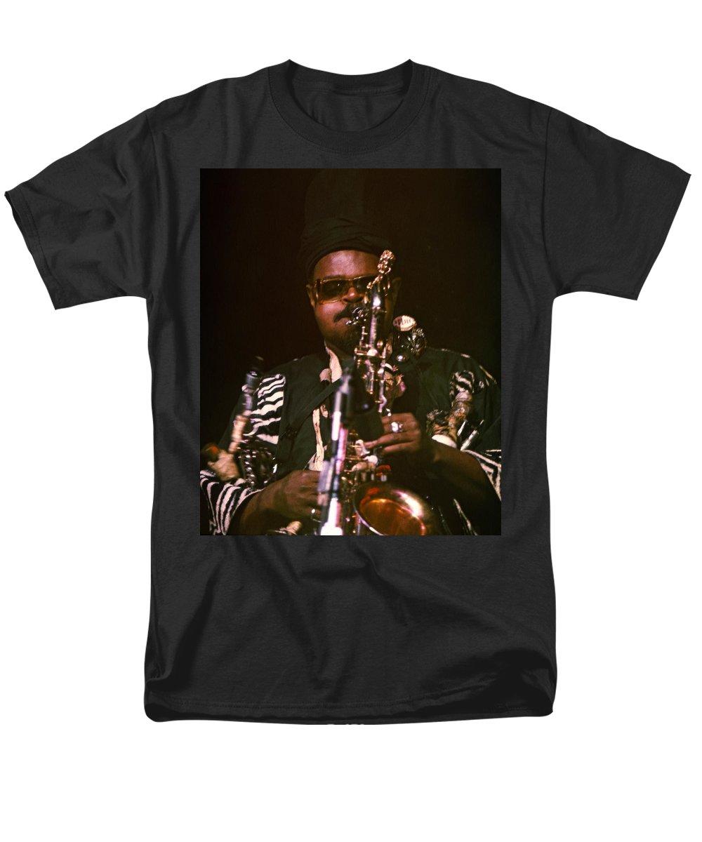Rahsaan Roland Kirk Men's T-Shirt (Regular Fit) featuring the photograph Rahsaan Roland Kirk 3 by Lee Santa