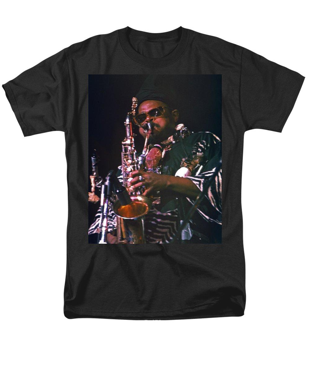 Rahsaan Roland Kirk Men's T-Shirt (Regular Fit) featuring the photograph Rahsaan Roland Kirk 4 by Lee Santa