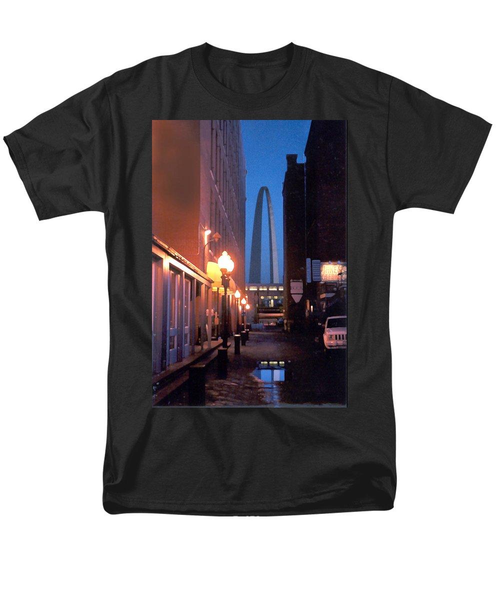 St. Louis Men's T-Shirt (Regular Fit) featuring the photograph St. Louis Arch by Steve Karol