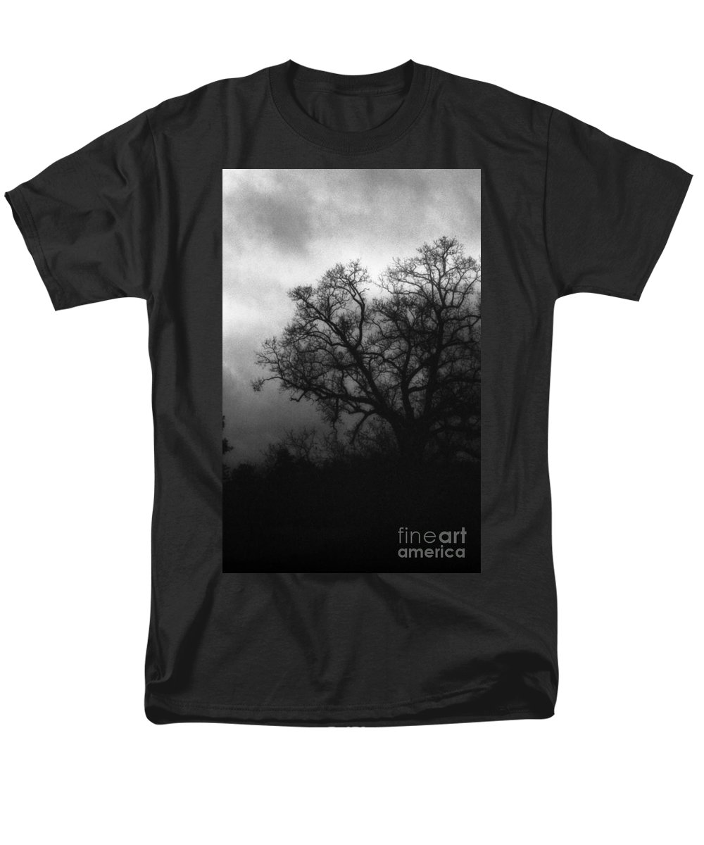 Eerie Men's T-Shirt (Regular Fit) featuring the photograph The Other Side by Richard Rizzo