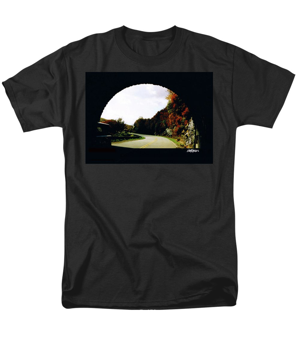 Tunnel Vision Men's T-Shirt (Regular Fit) featuring the photograph Tunnel Vision by Seth Weaver
