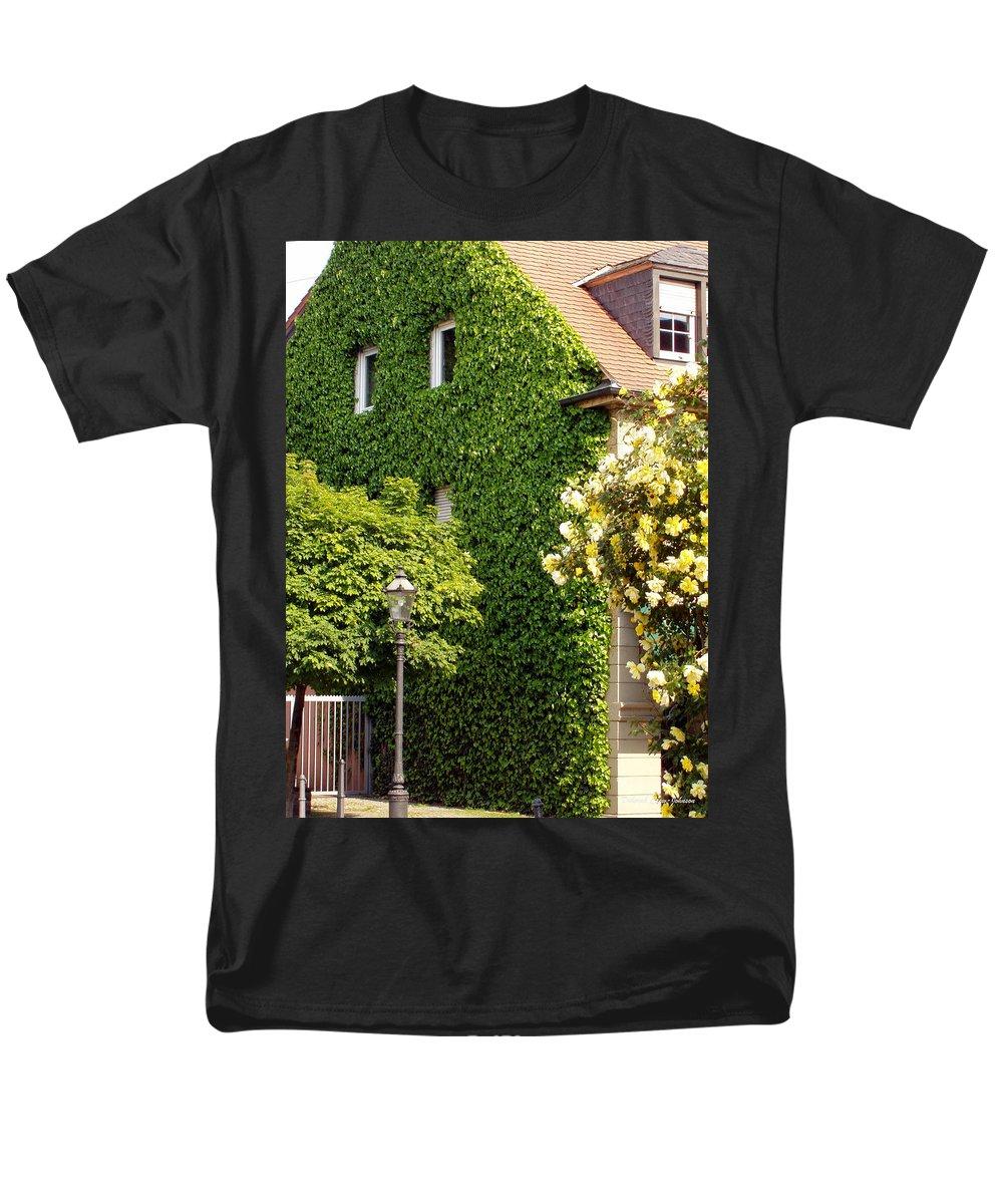 Building Men's T-Shirt (Regular Fit) featuring the photograph Vine Cover by Deborah Crew-Johnson