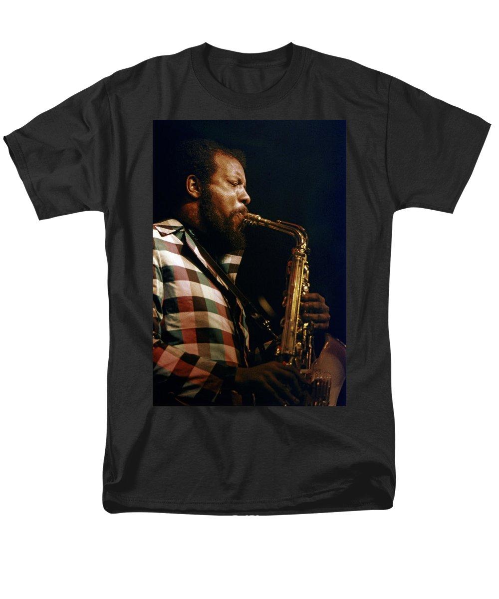 Ornette Coleman Men's T-Shirt (Regular Fit) featuring the photograph Ornette Coleman by Lee Santa