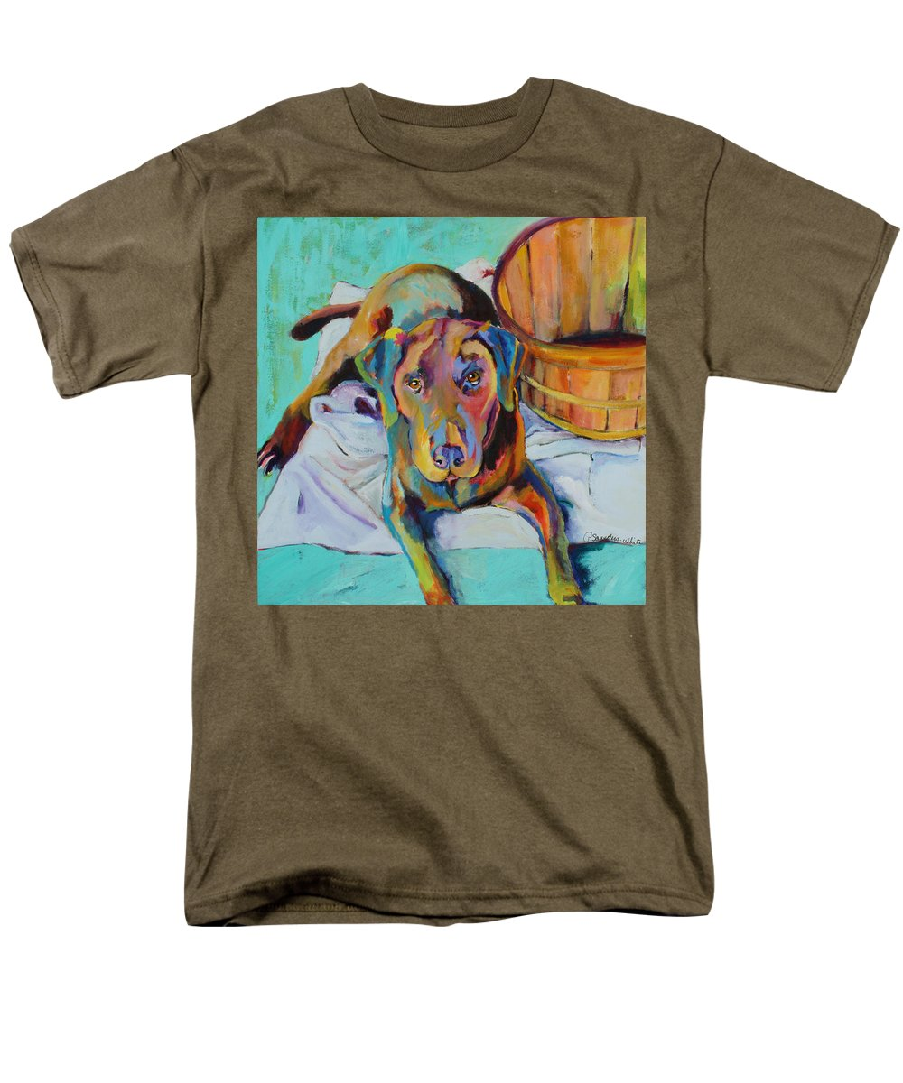 Chocolate Lab Men's T-Shirt (Regular Fit) featuring the painting Basket Retriever by Pat Saunders-White