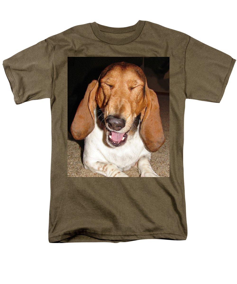 Basset Hound Men's T-Shirt (Regular Fit) featuring the photograph Lillard by Heather Coen