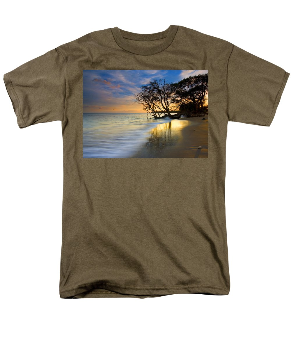 Waves Men's T-Shirt (Regular Fit) featuring the photograph Reflections of PAradise by Mike Dawson