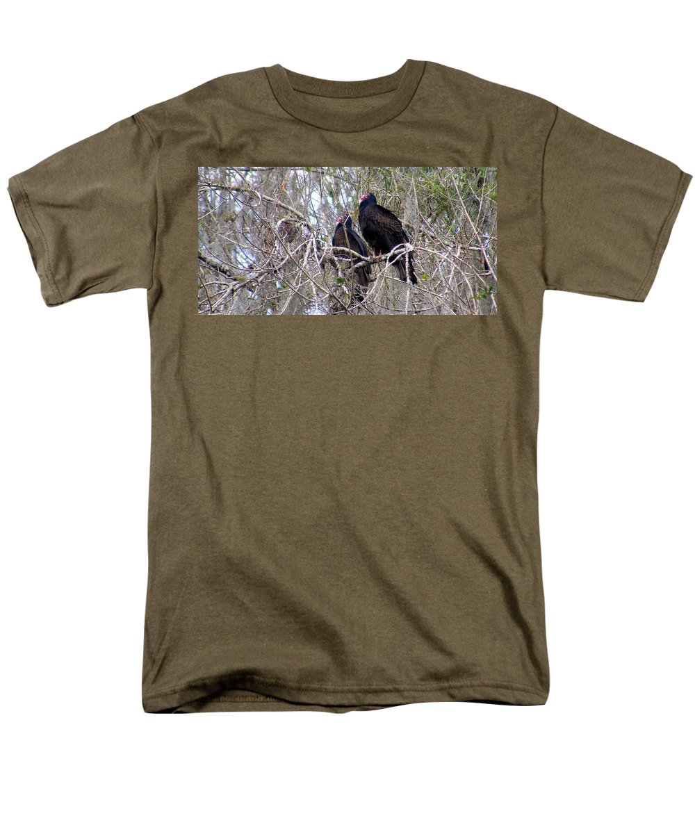 Birds Men's T-Shirt (Regular Fit) featuring the photograph Two Friends by Edward Smith