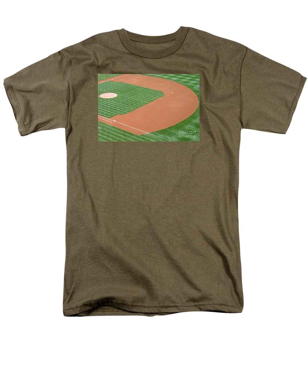 Baseball Men's T-Shirt (Regular Fit) featuring the photograph Before the Game by Ann Horn