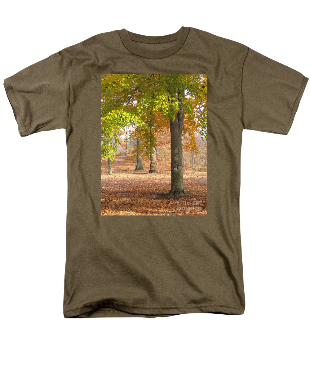 Autumn Men's T-Shirt (Regular Fit) featuring the photograph Painted Woodland by Ann Horn