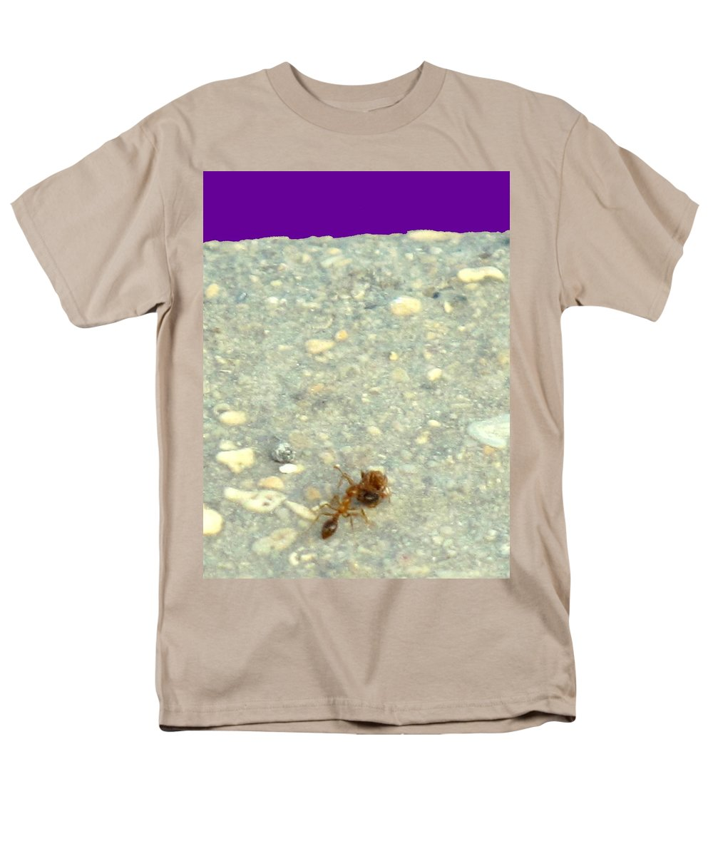 Ant Men's T-Shirt (Regular Fit) featuring the photograph To The Edge by Ian MacDonald