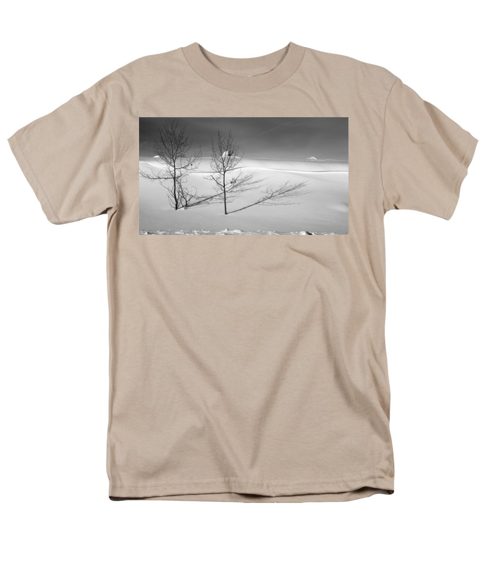 Nature Men's T-Shirt (Regular Fit) featuring the photograph Twins by Skip Hunt