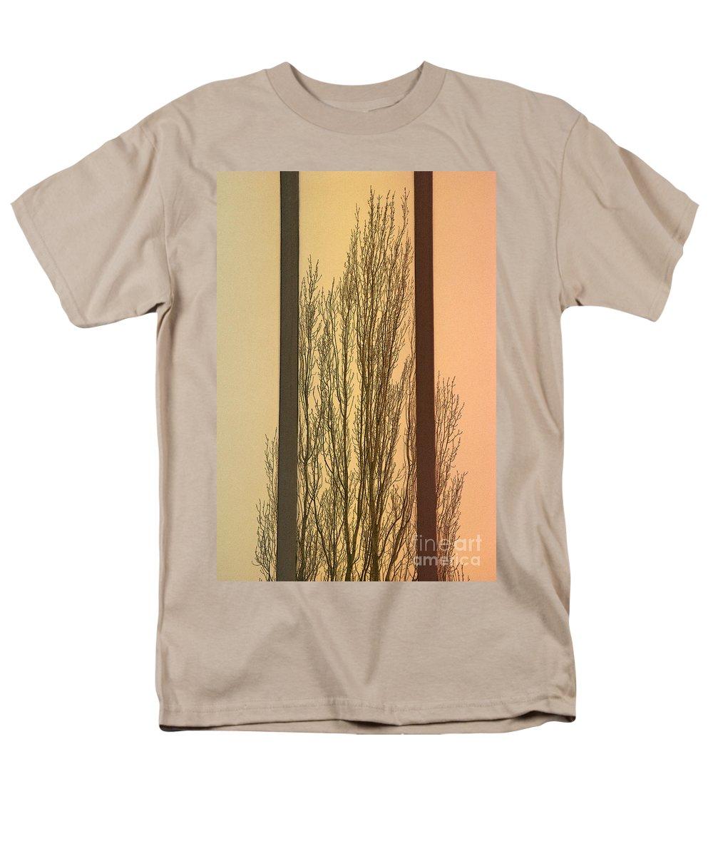 Tree Men's T-Shirt (Regular Fit) featuring the photograph Convergent by Ann Horn
