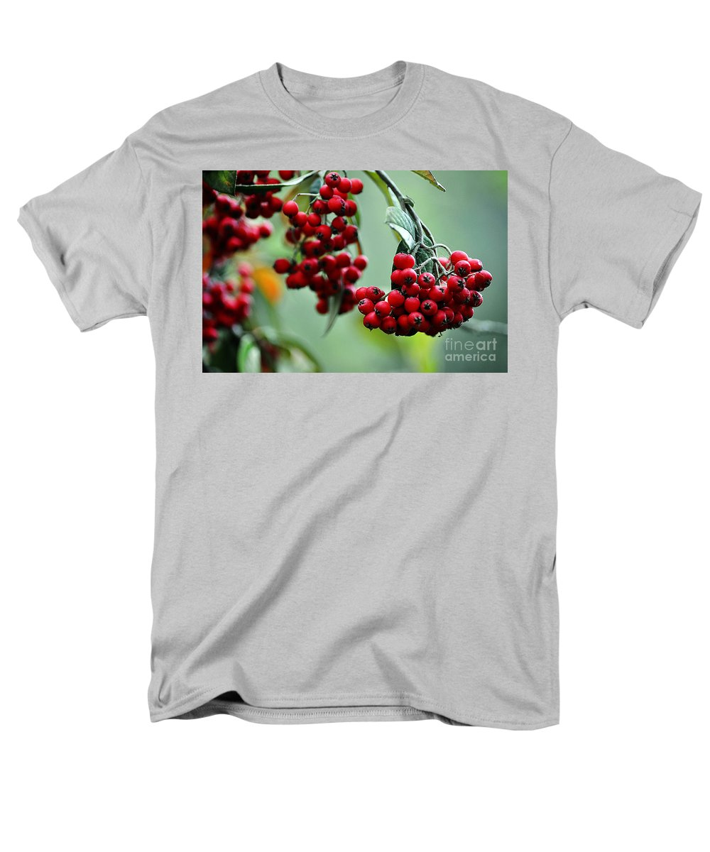 Clay Men's T-Shirt (Regular Fit) featuring the photograph Red Berries by Clayton Bruster